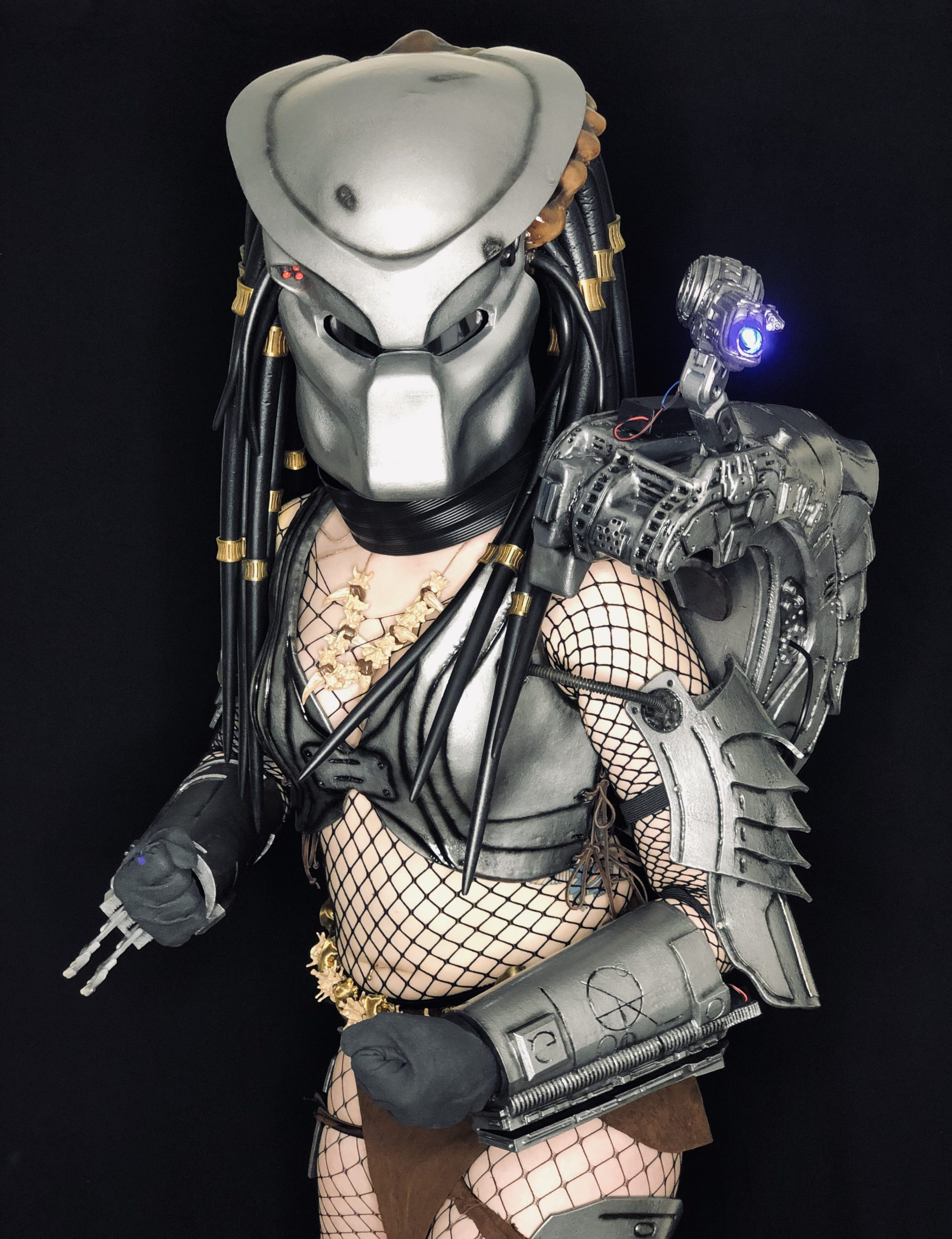 Glamazon_Painforest_Cosplay -Female Predator