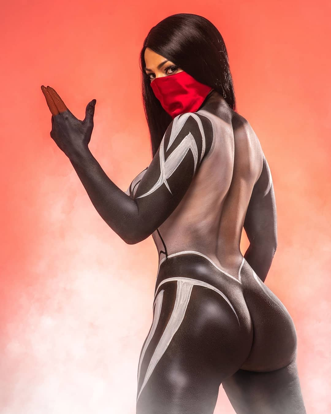Silk spiderman cosplay janessaking_ photo by alxguzmanphotography