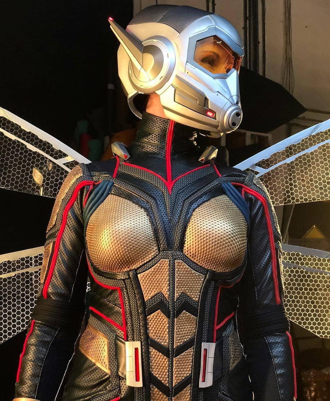 wasp cosplay by downen_creative_studios Helmet by coregeek